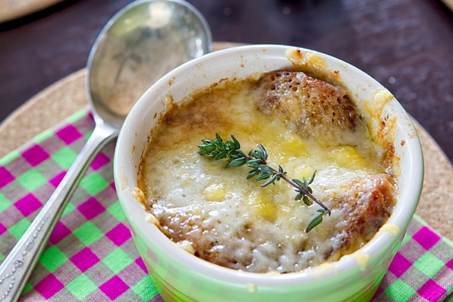 French Onion Soup with Thyme
