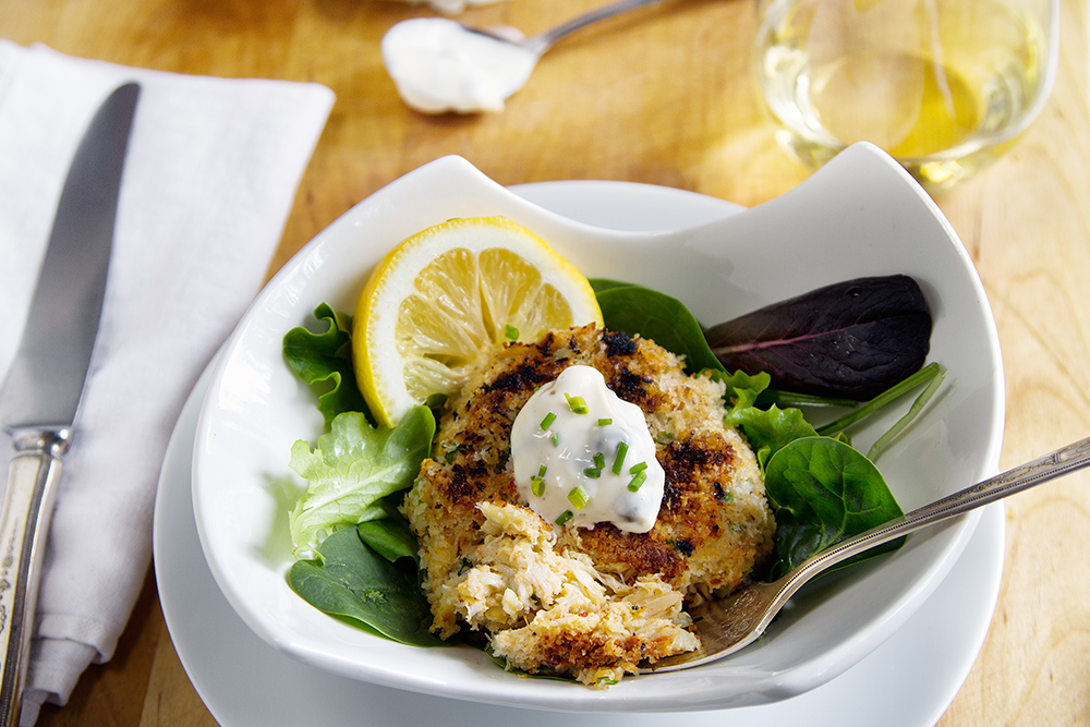 Maryland Style Crab Cakes with Caper Garlic Aioli