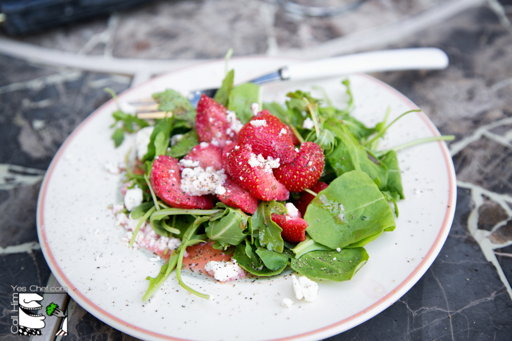 Fennel-less strawberry salad