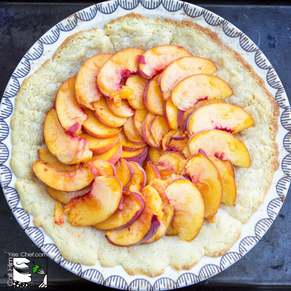 sliced peaches in the crust