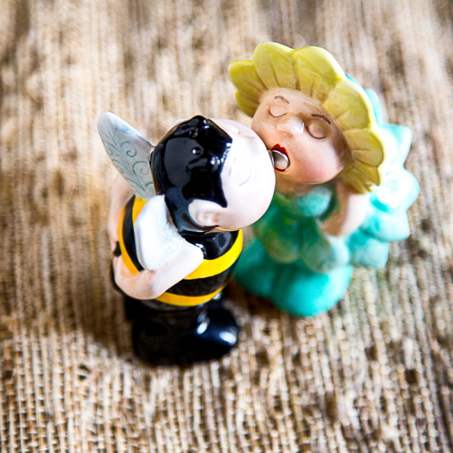 Kissing Salt & Pepper Shakers